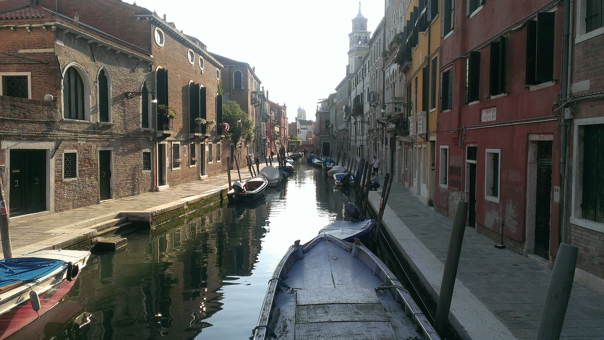 Picture by James Donnell of canal in Venice, Italy.